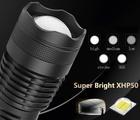 MOCNA LATARKA TAKTYCZNA LED XHP50 DUŻY ZESTAW (9)